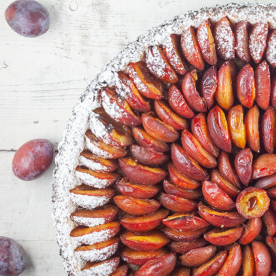 Dutch plum pie - pruimenvlaai