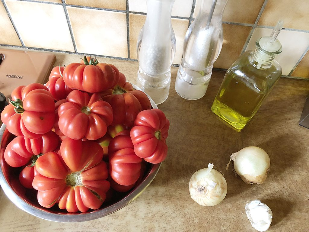 Homemade tomato passata ingredients