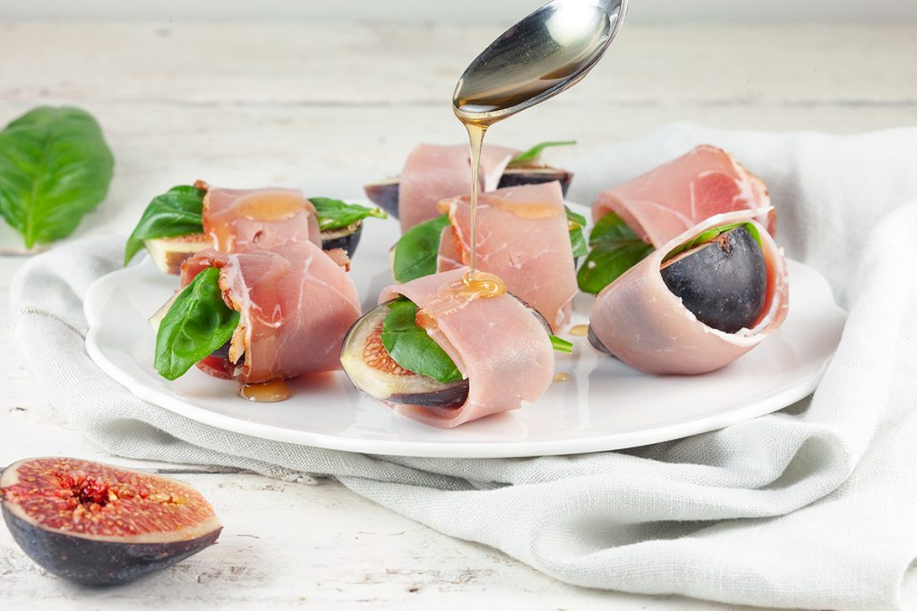 Fig and ham appetizers