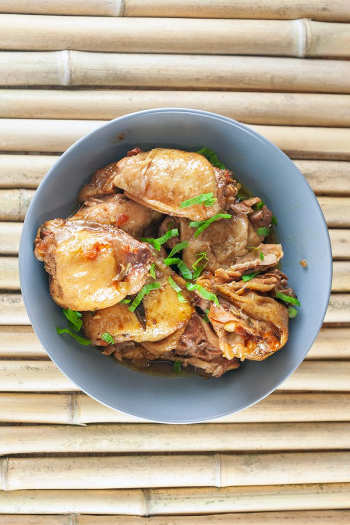Slow cooker Surinamese chicken thighs 2 683x1024 - Slow cooker Surinamese chicken thighs