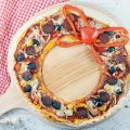 Holiday wreath pizza 120x120 - Pizza baguette