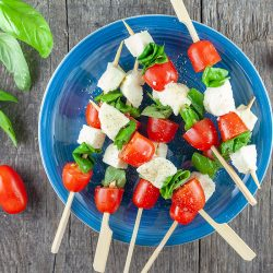 Caprese skewers 250x250 - Latest recipes