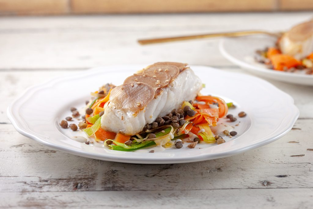 Cod with vegetable stir fry