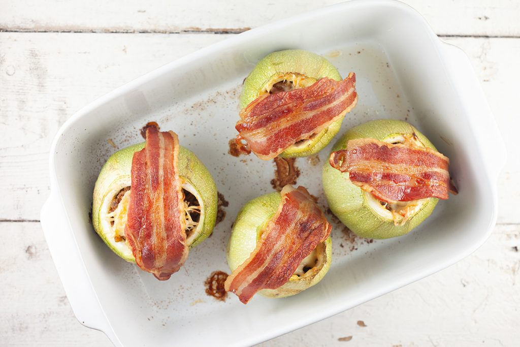 Beef stuffed zucchini with cheese and bacon