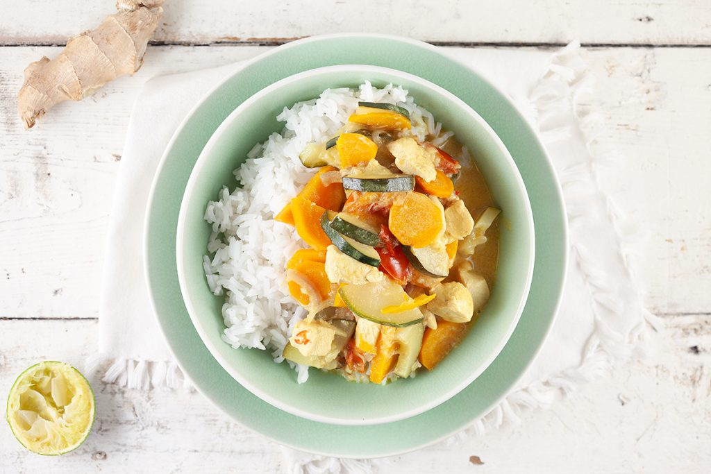 Chicken and zucchini coconut curry