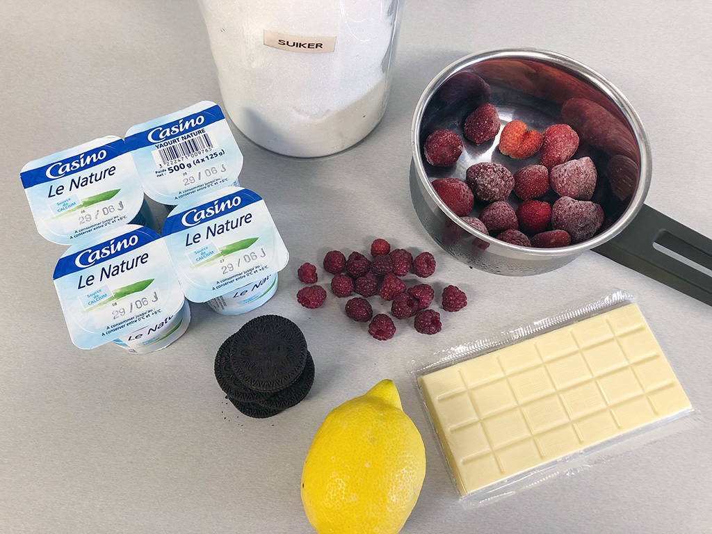 Easy strawberry and raspberry dessert ingredients - Easy strawberry and raspberry dessert