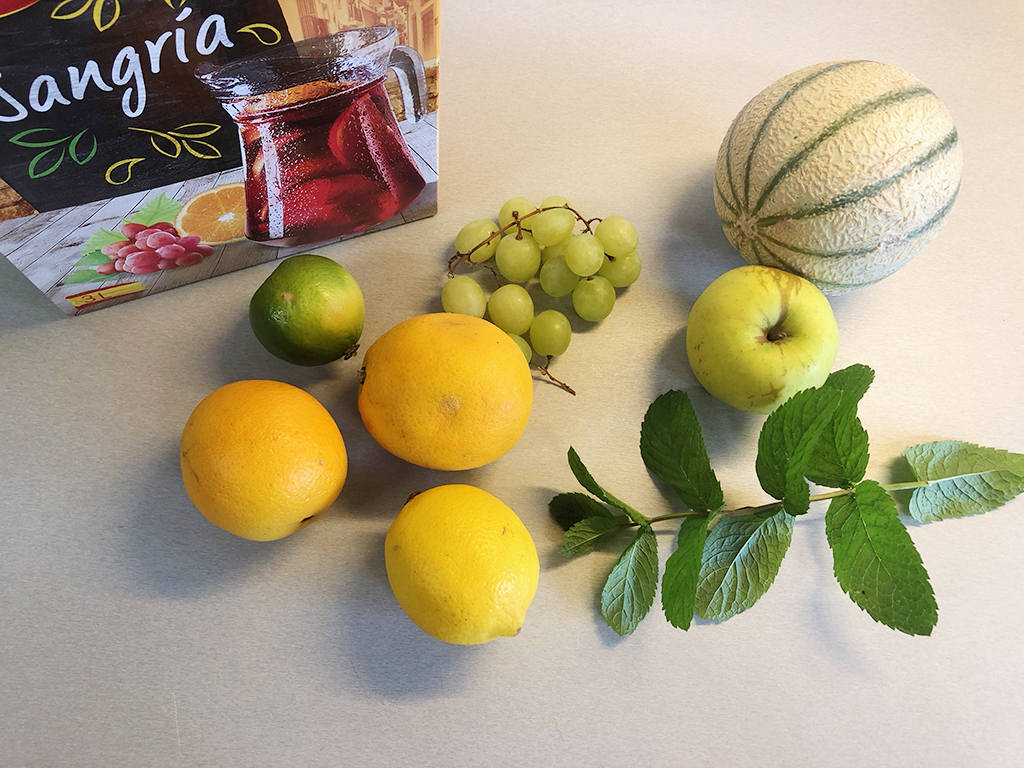 Easy red sangria ingredients